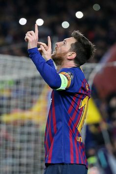 BARCELONA, SPAIN - MARCH 13: Lionel Messi of Barcelona celebrates his second goal during the UEFA Champions League Round of 16 Second Leg match between FC Barcelona and Olympique Lyonnais (OL, Lyon) at Camp Nou stadium on March 13, 2019 in Barcelona, Spain. (Photo by Jean Catuffe/Getty Images)