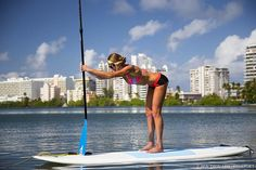 Use these quick sup exercise and paddle board yoga techniques to burn fat, increase performance, and help you look and feel your best out on the water. Paddle Board Yoga, Standup Paddle Board, Sup Stand Up Paddle, Sup Paddle, Pranayama, Aikido, Tai Chi, Triathlon, Pilates