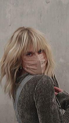 Blonde Hair With Bangs, Short Hair With Bangs, Blonde With Freckles, Shag Hairstyles, Hairstyles With Bangs, Haircuts, Medium Hair Styles, Short Hair Styles, Pelo Bob