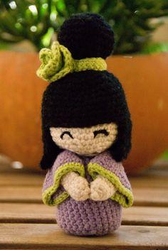crochet kokeshi doll made with organic cotton yarn by aiakoo