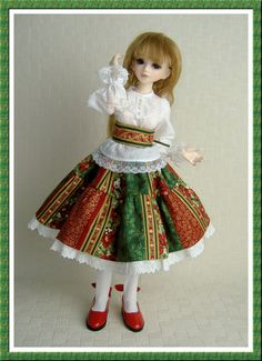 Christmas outfit for MSD BJD by AalbionsDaughters on Etsy