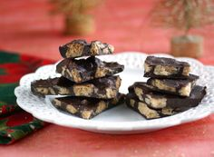 Cookie Chocolate Bark: this vegan, dairy-free and sugar free treat is the perfect holiday sweet treat!