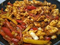 Low carb paprika chicken goulash a variation of the classic . - Low carb paprika chicken goulash a variation of the classic carb # - Crock Pot Recipes, Beef Recipes, Goulash, Law Carb, Hungarian Cuisine, Chicken Stuffed Peppers, Pepper Chicken, Dieta Paleo, Low Carb Lunch