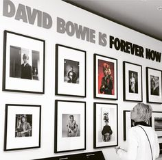 Four extra weeks 'David Bowie Is' expo in Groningen