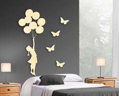 Figura de metal de pared NIÑA-GLOBOS con 4 mariposas. Decoracion Beltran tu tienda online de decoracion con figuras metalicas