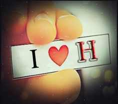 Xoshmdaweit  .  H  . H Letter Images, Letter Art, Alphabet Images, Alphabet Wallpaper, Name Wallpaper, Heart Wallpaper, Iphone Wallpaper, Love Wallpapers Romantic, Beautiful Flowers Wallpapers