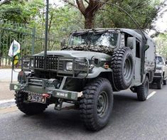 Toyota Lc, Toyota Fj40, Hummer H1, Bug Out Vehicle, Army Vehicles, Jeep 4x4, Toyota Land Cruiser, Cars And Motorcycles, Offroad
