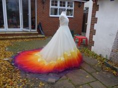 We Spent 61 Hours To Create This Incredible Dipdye Wedding Dress Colored Wedding Gowns, Wedding Dress Types, Wedding Dresses, Dip Dye Dresses, Prom Dresses, Ball Dresses, Fabric Roses Diy, Wedding Advice, Wedding Planning