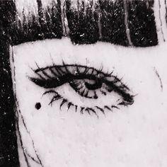 Night Aesthetic, Aesthetic Anime, Manga Art, Anime Art, Junji Ito, Scary Art, Animated Icons, Gothic Anime, Manga Illustration