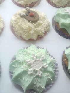 Christmas cupcakes for the class 21st Cake, Christmas Cupcakes, Baked Goods, To My Daughter, Christmas Biscuits