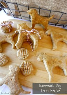 Homemade Dog Treats {Gifts for Pets}