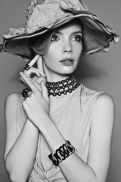 Sophie Srej Evokes Vintage Glamour for Harpers Bazaar China by Michelle Du Xuan