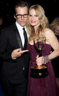 Kevin Bacon & Kyra Sedgwick (Married 21 Years) from Hollywood's Greatest Love Stories Kyra Sedgwick, Great Love Stories, Love Story, Older Couples, Married Couples, Murder In The First, Paul Newman Joanne Woodward, Kevin Bacon, Actor