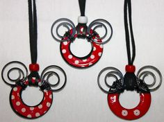 Cute inspiration to make your own Mickey/Minnie jewelery