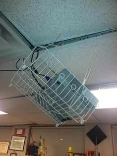 Yes, it's a projector in a dish strainer.How would you like your child to be sitting under this in the fifth grade classroom where we saw this? Do the right thing and hire a professional installation company like CCS! Security Solutions, Fails, Shit Happens, Scary, Dish, Funny, Audio, Classroom, Class Room