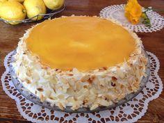 toyrta lemoni1 Greek Sweets, Greek Desserts, Cookbook Recipes, Dessert Recipes, Cooking Recipes, Lemon Recipes, Greek Recipes, Greek Pastries, Lime Cake