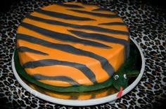 MamaA dekoruje...safari tort