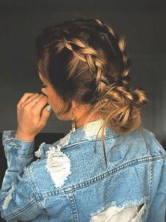 pig tail braids into messy bun. Nice Women's Hair Styles pig tail braids into … Braids For Long Hair, Hair Styles For Long Hair For School, Braid Hairstyles For Long Hair, Braided Hairstyles For School, Hair Ideas For School, Wedding Hairstyles, Teenage Hairstyles, Hairstyles Pictures, Easy Hair Braids