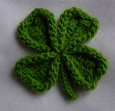 Shamrock and Four Leaf Clover Pin Knitting pattern by Cheryl Andrews Crochet Crafts, Yarn Crafts, Hand Crochet, Crochet Hooks, Knit Crochet, Crochet Patterns For Beginners, Knitting Patterns, Knitting Projects, Crochet Projects