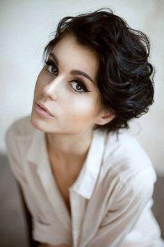 Les femmes aux cheveux courts  Humeurs et états d'âme d'un amoureux des