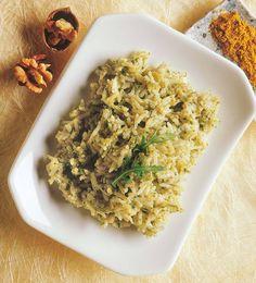Se amate il sapore particolare e deciso della rucola preparate questo risotto, molto semplice e veloce, ma molto gustoso. Un primo piatto profumato e senza ingredienti di origine animale ideale da inserire nei vostri menu vegani