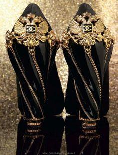 Wow. #chanel shoes that make me cry.  -  Wendy Schultz via beautifulcliche.tumbir.com ontoShoes for Women-Men-Children.