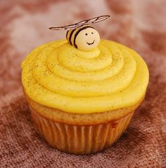 how to make this bumble bee