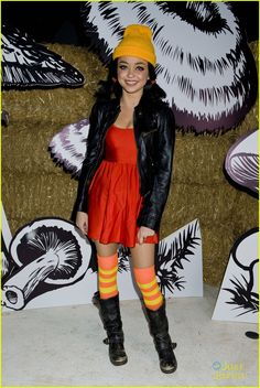 Sarah Hyland as Spinelli from Recess