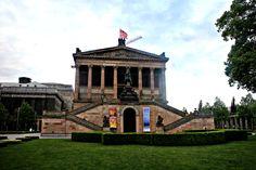 Op het Museuminsel is de prachtige Alte Nationalgalerie te vinden. In dit museum is kunst uit de 19e eeuw te zien uit de verzameling 'Nationalgalerie'.