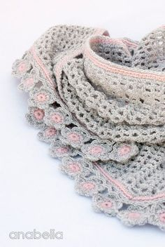 Helena crochet scarf pattern by Anabelia  Pinning for color inspiration