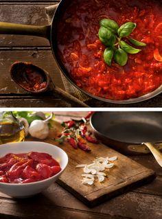 Recipe: Marinara sauce || Photo: Francesco Tonelli for The New York Times