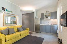 Dai un'occhiata a questo fantastico annuncio su Airbnb: Studio elegante in casa del 1800 - Appartamenti in affitto a Torino