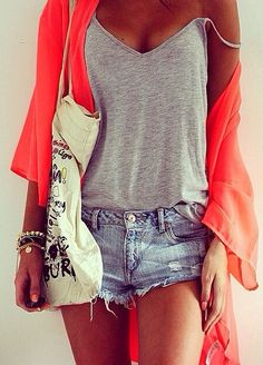 Casual tee, cut-off shorts, beach ready bag and flowing coral cover.  Great stacked bracelets