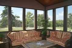 Screened Back Porch Ideas   love this screened in back porch!