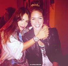 Lali y cande Candels, Bffs, Friendship, Teen, Singer, Actresses, Couple Photos, Model, Mariana