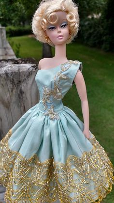 Silkstone BArbie in Golden Ice blue sparkle fits Silkstone Barbie by GinOCouture