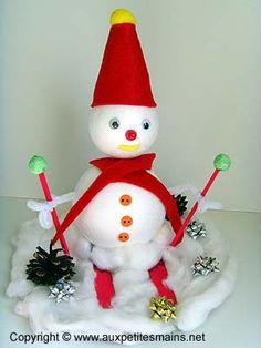 bonhomme de neige en polystyr ne bricolage enfant no l pinterest. Black Bedroom Furniture Sets. Home Design Ideas