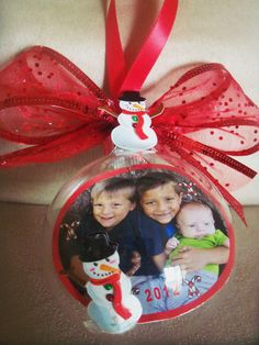 personalized ornaments found on ebay Personalized Photo Ornaments, Beautiful Gifts, Christmas Ornaments, Holiday Decor, Board, Ebay, Christmas Jewelry, Christmas Decorations, Christmas Decor