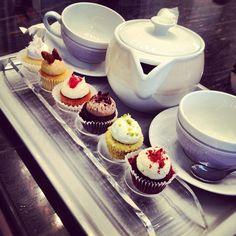 serving cupcakes & tea