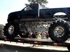 GIANT TOYOTA, GMC, CHEVY & JEEP MUD TRUCKS KILLIN IT AT SABINE RIVER RATS! - YouTube Mudding Trucks, Custom Paint, Rats, Chevy, Toyota, Jeep, Monster Trucks, River, Big