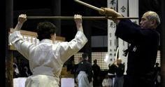 Shinto Muso-ryu Jojutsu. (Photo by Richard Stonell, 2009.)