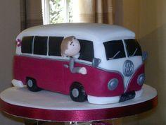 by twinzmummy. VW Bus, Cake Art