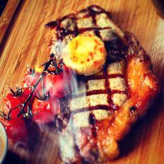 @MeatPeter @NoelMcMeel @Food_NI @GoodFoodIreland @LoughErneResort grilled shorthorn sirloin steak, tomato butter