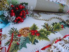 Уютный дом от Юлии Архиповой: Рождественская салфетка для праздничного стола.