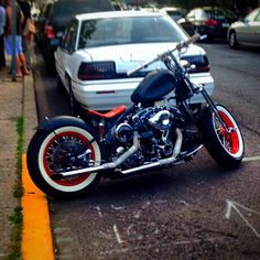 What started it all. Saw this in Doylestown. Building a #bobber. Spotted what looks like a #1950s #1960s #HarleyDavidson #Panhead? #Doylestown #OldSchoolCool #Blurry #Harley #Honda #Shadow #VLX #Motorcycle #Bike