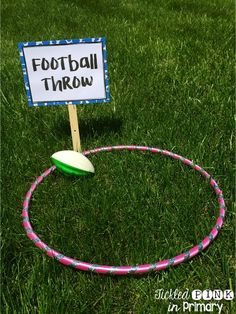 Here are some super-fun games for your class to play on field day. These activities are inexpensive and easy to throw together! Sports Day Activities, Field Day Activities, Field Day Games, Summer Activities, Water Activities, Water Games, Summer Games, Sports Day Games For Kindergarten, Sports Day Games For Adults
