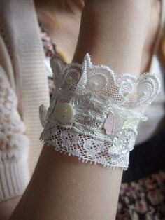 Lace bracelet...@Michelle Puopolo I think these would work with those garters like we talked about (I'm thinking this is the pin you saw)!