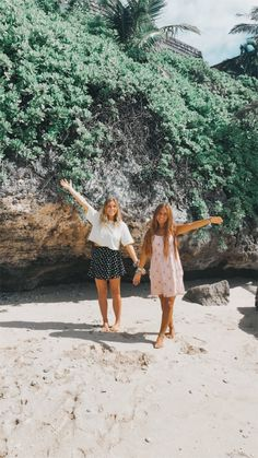 See more of trianna's content on VSCO. Best Friends For Life, Cute Friends, Best Friend Goals, Hawaii Pictures, Bff Pictures, Summer Feeling, Summer Vibes, Friendship Photos, Best Friend Pictures
