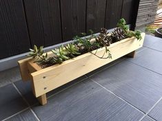 Wood Planter Long (Clear) Other miscellaneous goods KEIZO * design works Mail order | Creema Handmade, handmade, craft product sales site Wooden Planters, Diy Planters, Wooden Garden, Planter Boxes, Planter Box Centerpiece, Pallet Planters, Centerpieces, Woodworking Projects Diy, Diy Pallet Projects