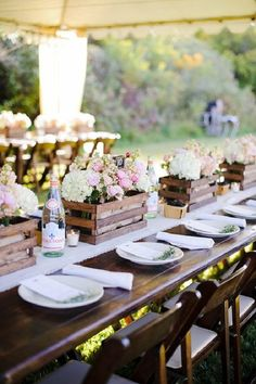Outdoor wedding reception table decor